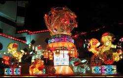 特殊材质灯会:竹编群狮戏球